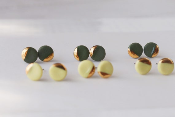Matt lemon yellow /olive green gold dipped 8mm round porcelain studs