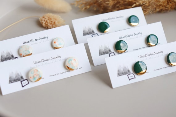 White speckles/ Xmas green porcelain button studs