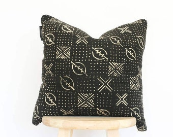 African Black Mudcloth Pillow Cover, boho, mud cloth, vintage, gift for her, 18 x 18