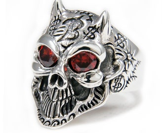 ef5963ed573e3 Red eyes skull ring | Etsy