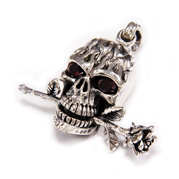 Brand New ! Sterling Silver Skull  With  Rose In  Mouth Pendant   ! 925