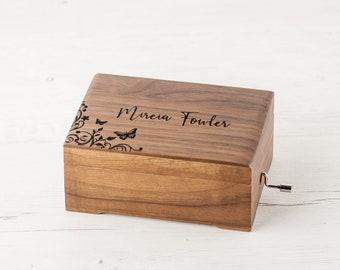 BEAUTIFUL DREAMER WOOD PIANO WIND UP MUSIC BOX