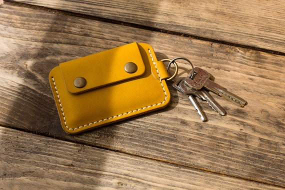 Personalized keychain wallet