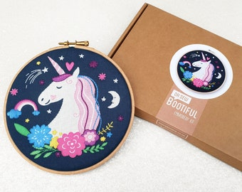 Unicorn Embroidery Kit, Unicorns Needle Craft Kit, Fantacy Hoop Art, Beginners Hand Embroidery Project, Kids Embroidery Kit, DIY Sewing Gift
