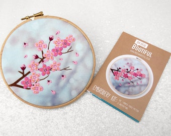 Blossom Embroidery Pattern, Flower Needlecraft Pattern, DIY Craft Kits, Cherry Blossom Embroidery Pattern, Modern Stamped Embroidery Pattern