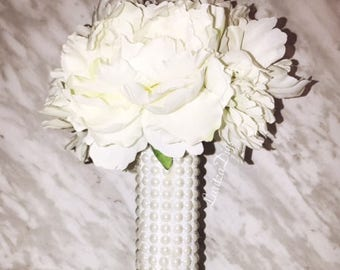 Pearl Bouquet cover/ Bouquet sleeve