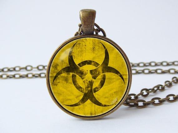 Radioaktiven Halskette Symbol Bio Hazard Anhänger Männer Halskette Männer Anhänger Strahlenchemie Halskette Wissenschaft Schmuck Foto Halskette gelb