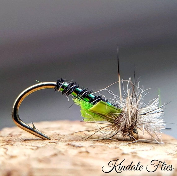 Set of 3 Fly Fishing Flies  Bloodworm Lightweight Red Holo Buzzers size 12