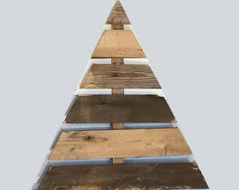 one tree 48 inches tall with stand and 7 boards rustic wood pallets