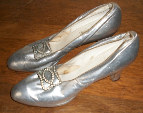 Antique 1920's Silver Leather Shoes
