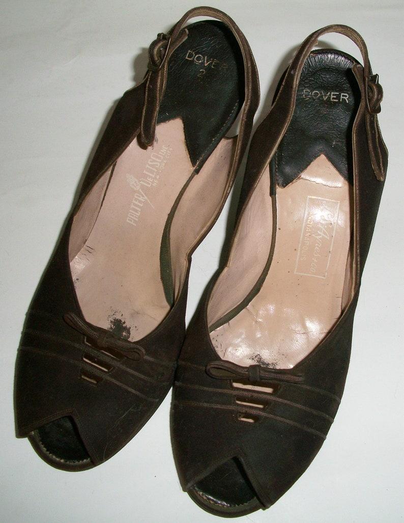 be9a526cd74b5 Vintage 1960's Brown Suede Pumps | Etsy