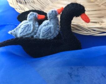Australian Felt Black Swan & Babies Animal
