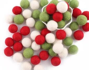 Felt Balls | Feltball | Christmas scene colours