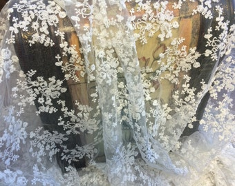 I y - 2016  Delicate Floral Soft Cotton Tulle Lace. Imported