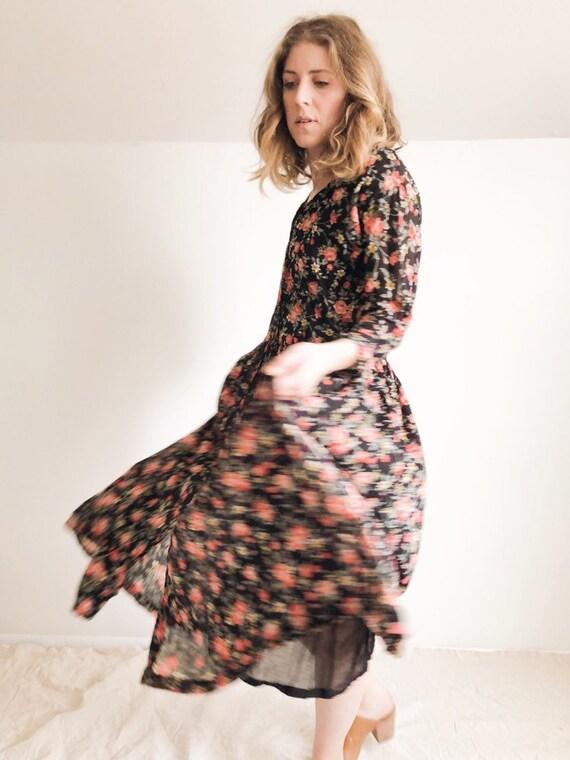 Vintage 90s Floral Dress : S / M
