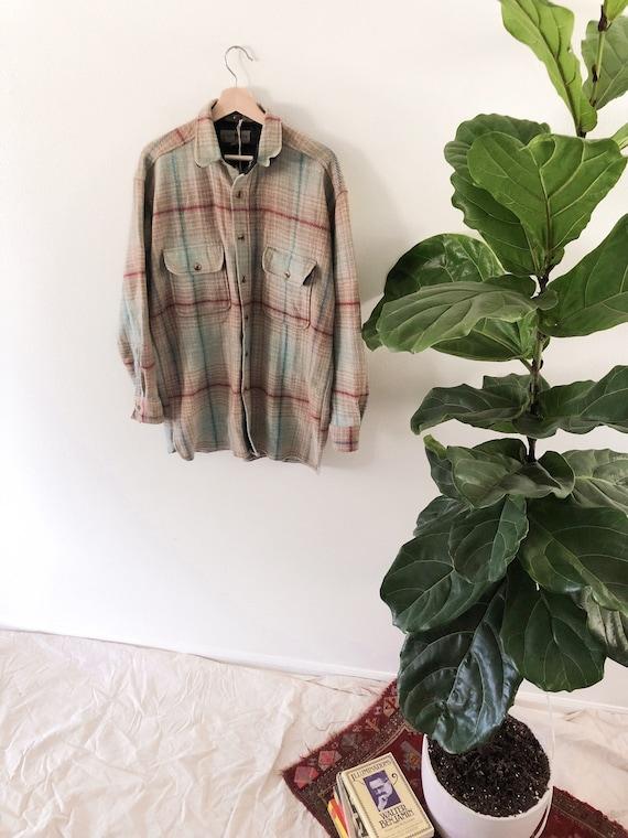 Vintage Wool Flannel // L