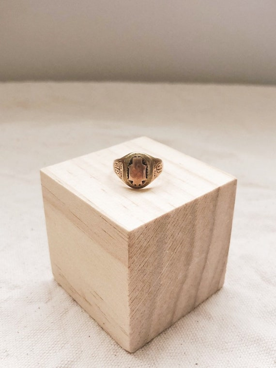 Vintage 1928 Rose Gold Ring // 6.5