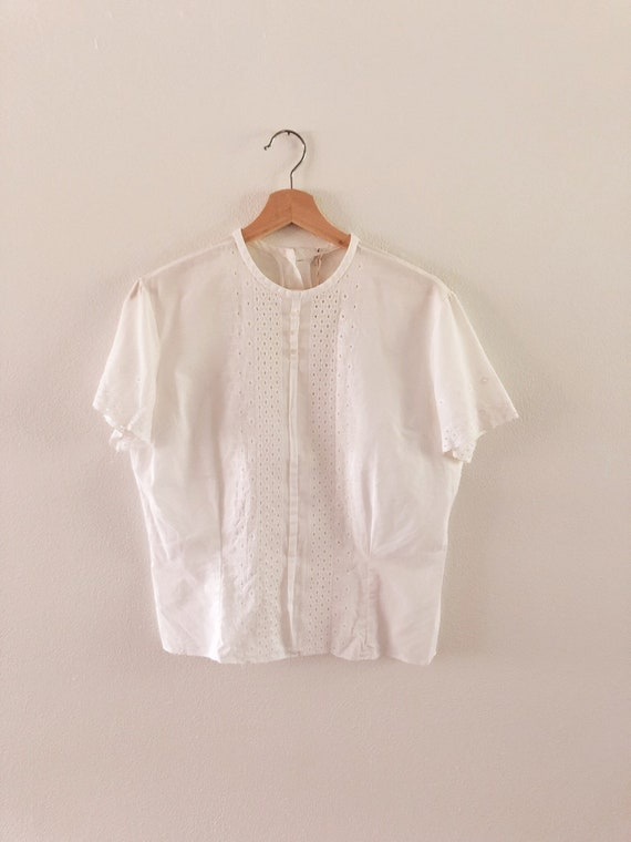 Vintage 1960s Embroidered Blouse // S