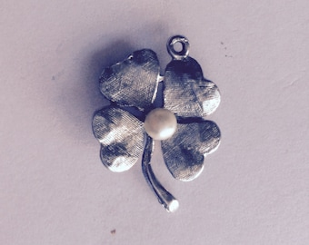 Four leaf clover lucky sterling silver charm vintage # 470