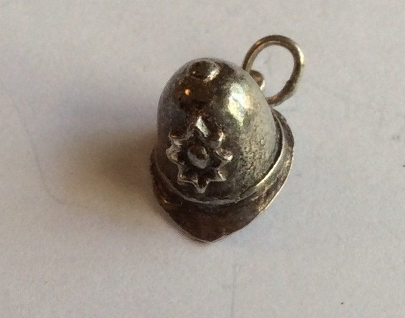 Sterling silver London Bobby Helmet police charm vintage # 528