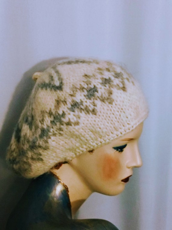 ICELAND Winter Beret, French Style ,Hand Made ,100