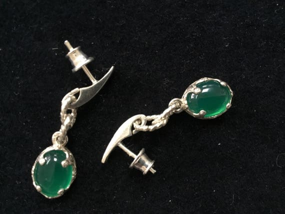 Green Cat eye filigree earrings. Green agate and sterling dangle earrings. Christmas jewelry. Maleficent jewelry