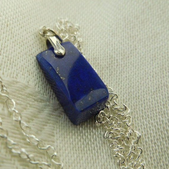 Blue Lapis pendent necklace/Bright Blue stone necklace/Small blue lapis necklace/ Refined jewelry/Gift for woman/Friendship stone / 's