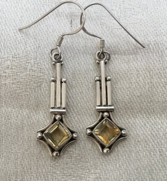 Yellow citrine stone dangle earrings/yellow citrine and sterling jewelry/womans drop earrings/yellow cut stone/ 925 vintage sterling