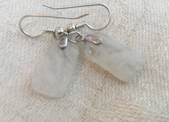 White dangle earrings/handmade geode  jewelry/small white agate earrings/womans jewelry/small white stone earrings/ice stone