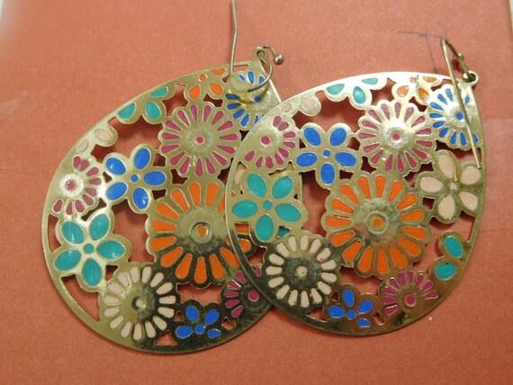 Floral and gold drop earrings /cloisonne earrings/enamal jewelry/ spring flowers/vintage