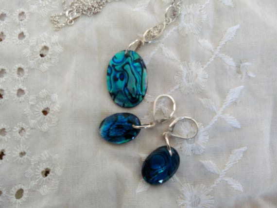 Blue paua shell earring ,necklace set/Sterling and paua shell /Blue jewelry/Shell necklace.