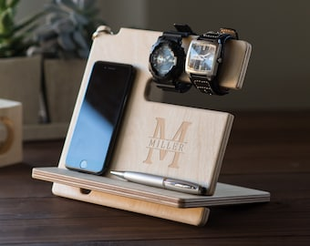 Personalized Docking Station, Fathers Day Gift, Nightstand Valet, Wooden Phone Stand, iPhone charging station, Gift Husband, #4109
