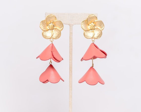 Gold Double Cap Flower - Coral