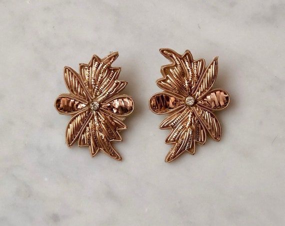 Gold Applique Earbobs