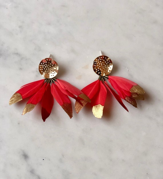 Feather Earbobs - Coral