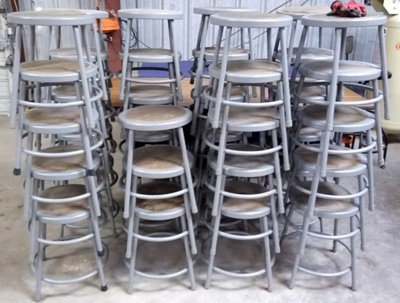 Superb Metal Stool Steel Frame With Hardboard Seat Used Round Stool 18 Tall 14 Dia Grey Finish Local Pick Up Only 300 Lb Capacity Ibusinesslaw Wood Chair Design Ideas Ibusinesslaworg