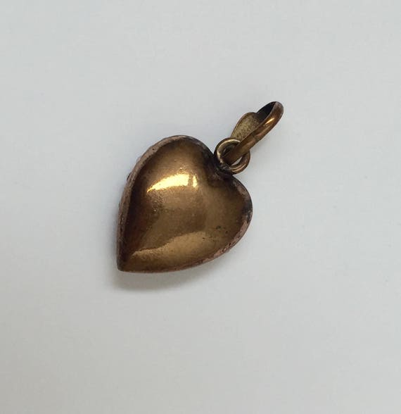 A Victorian Puffed Heart Pendant - image 2