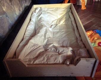 Montessori-Montessori Bed bed Spruce 200x90