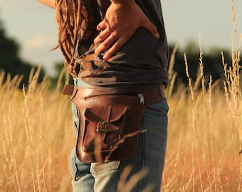 MARRAKESH | Brown Leather Hip Bag, 3 Pocket Belt Bag, Bum Bag, Waist Bag, Leather Pouch, Festival Bag, Utility Belt, Shoulder Bag