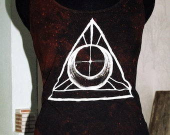 Hand dyed hand painted dark brown white triangle top size M