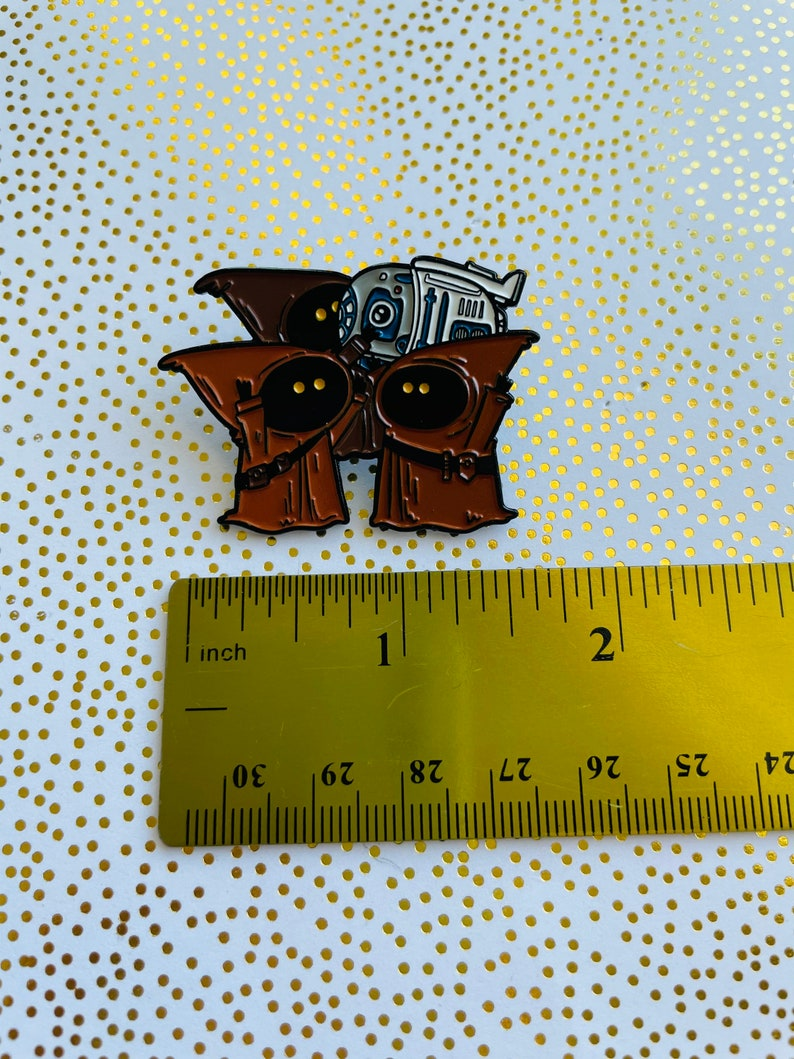Enamel Pin Cute R2d2 pin Jawa Enamel Pin Star Wars pin Jawa Pin
