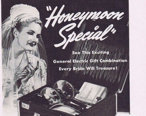 1941 General Electric Honeymoon Special Gift Box Combination Original Vintage Advertisement with Bride Picture