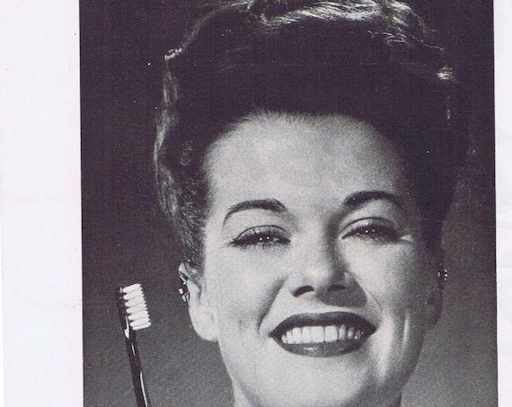 1947 Janis Paige and Dupont Toothbrush Bristles Original Vintage Advertisement