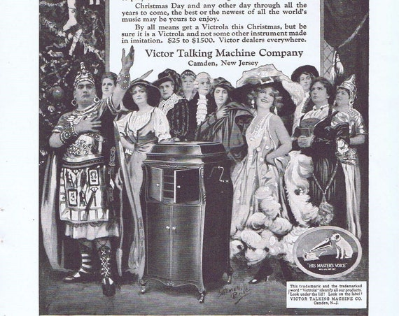 1920 Victrola Talking Machine Surrounded by Stars or Belmont Hotel in New York Original Vintage Christmas Advertisement