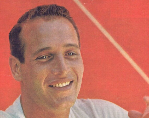 PAUL NEWMAN 1965 vintage Color Picture in tee shirt