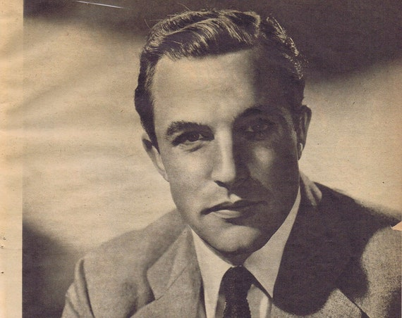 Gene Kelly 1944 Magazine Photo Serious Classic Pose