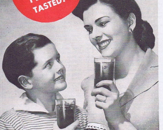 1943 Canada Dry Spur Cola Soft Drink Original Vintage Advertisement Neat Photo