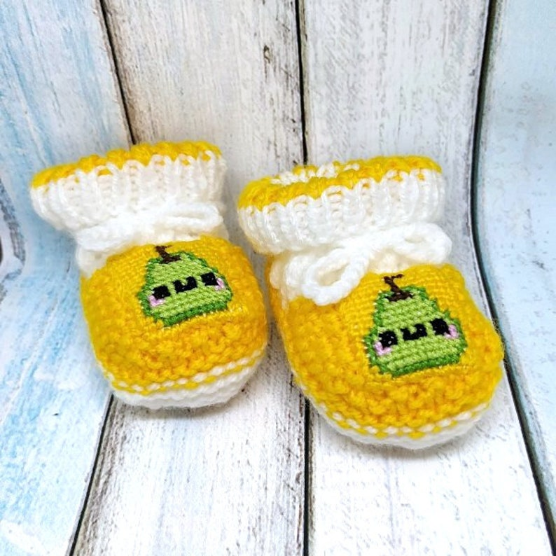 bce8ae0d65b5e Kawaii pear knitted baby booties, unisex baby booties, gender neutral  knitted baby booties, kawaii pear crib shoes, baby shower gift