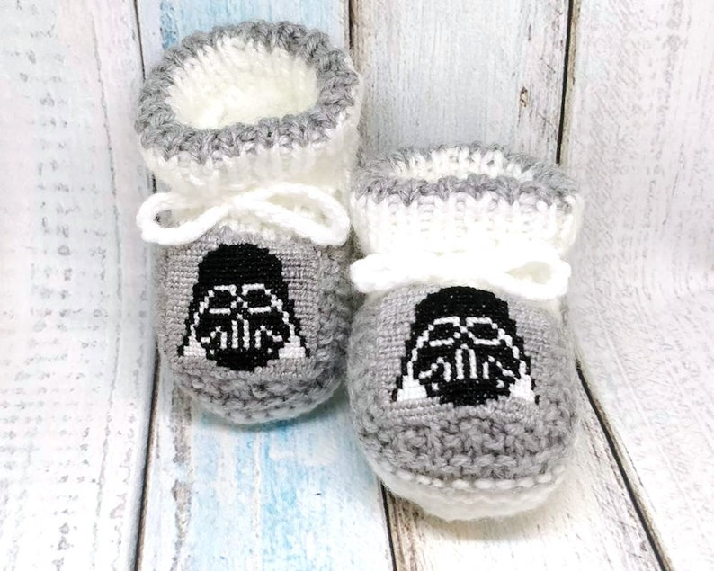ed20164663cea Star Wars Darth Vader knitted baby booties, baby boy shoe, newborn knitted  baby booties, Darth Vader crib shoes, baby shower gift, mom to be