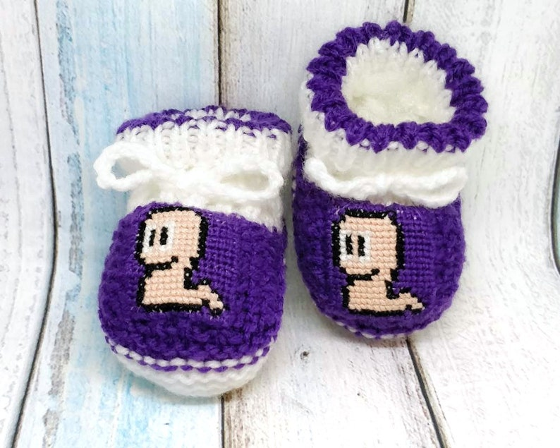 8458c7c20eabe Worms knitted baby booties, unisex booties, Game Woms newborn baby booties,  Worms crib shoes, baby slippers